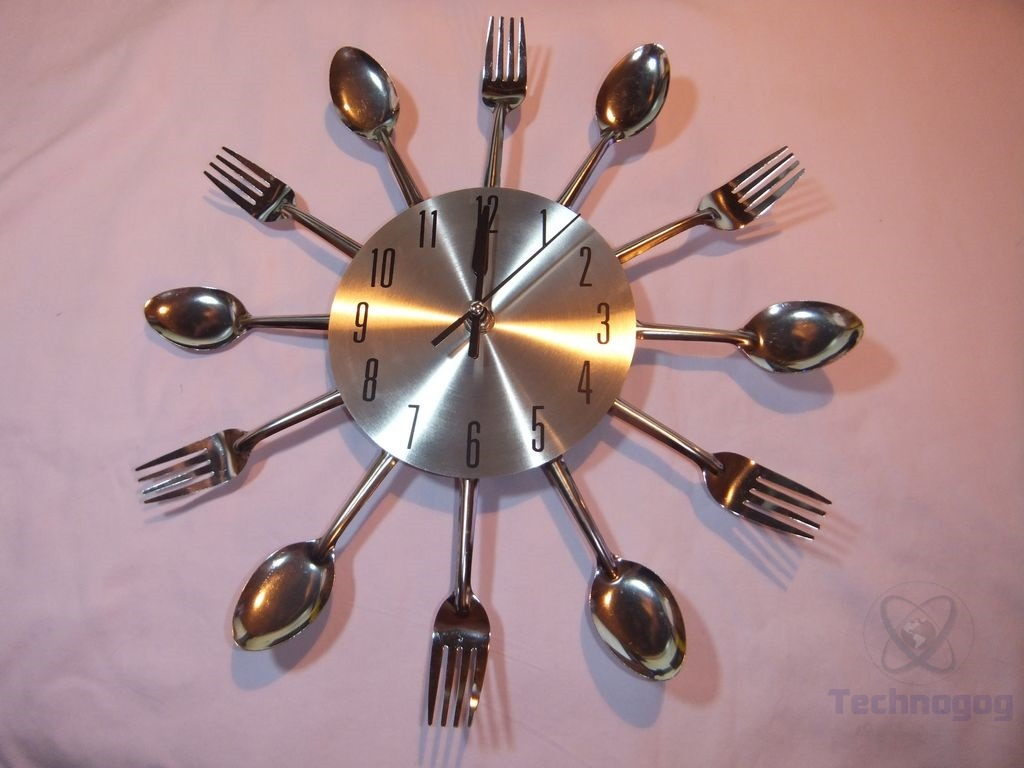 Review Of Ohuhu Cutlery Kitchen Fork Knife Wall Clock Kristofer