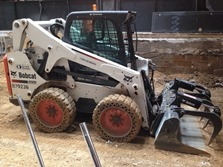 skid-steer-loader-1132781_1280